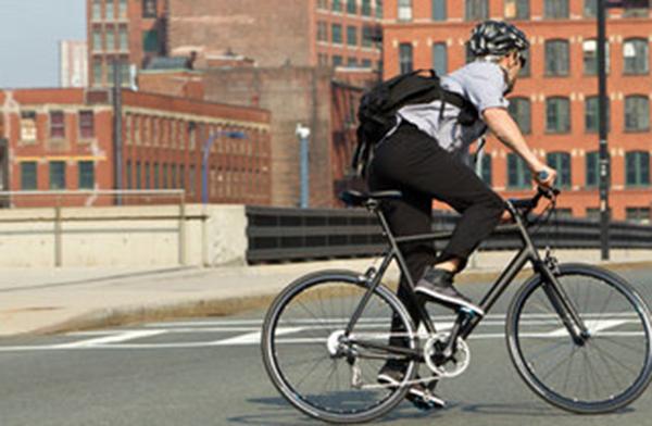 ロードバイク・クロスバイクで通勤通学で交通費を節約。 ブログ:ママチャリとは全然ちがうぞ!スポーツ自転車の良さとは?