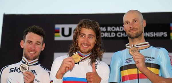 2016世界選手権ロードレースで優勝したペーター(ペテル)・サガン、2位マーク・カヴェンディッシュ、3位トム・ボーネン