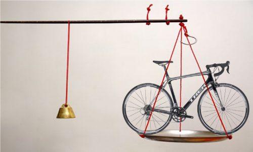 ロードバイクは軽い方が速い?軽量化で効果が高いパーツは?