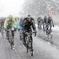 寒い冬でもロングライド!暖ったか自転車ウェアとグッズを紹介!