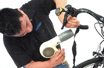 古いバーテープを綺麗に剥がす方法