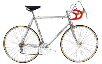 1990年代のクラシックなクロモリ製ロードバイク