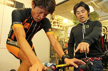 白戸太朗さん(左)と宮澤崇史さん(右)