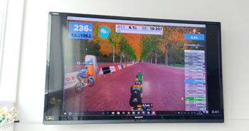 ロードバイクで仮想空間を走れるアプリ Zwift【ズイフト】