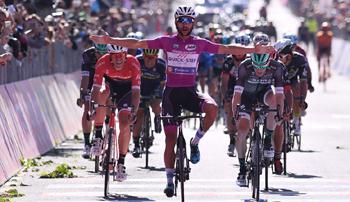 2017年 ジロ・デ・イタリア 第13ステージで優勝したフェルナンド・ガビリア(クイックステップフロアーズ)