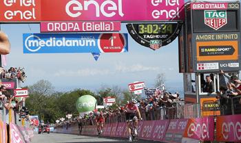 2017年 ジロ・デ・イタリア 第14ステージで優勝したトム・デュムラン(チーム・サンウェブ)