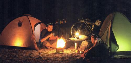 バイクパッキンで積んでた荷物でキャンプを楽しむ