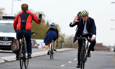 スポーツ自転車のあるあるネタ ローディー同士のあいさつ