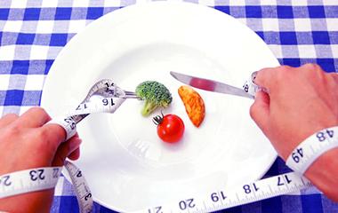 自転車ダイエットのために食事を制限